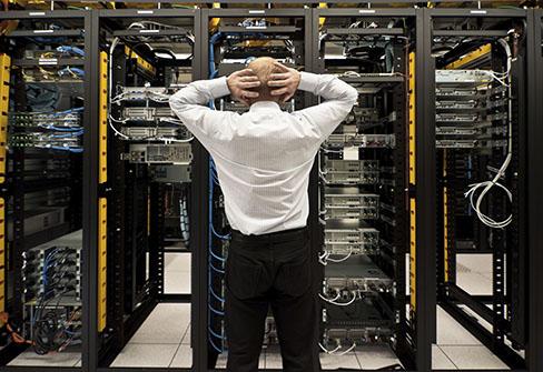 استاندارد سازی اتاق سرور,سیستم هوشمند کنترل و مانیتورینگ اتاق سرور,کنترل و مانیتورینگ,
